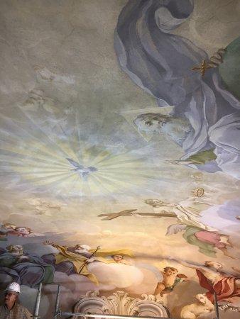 Chiesa di San Filippo: La Santissima Trinità