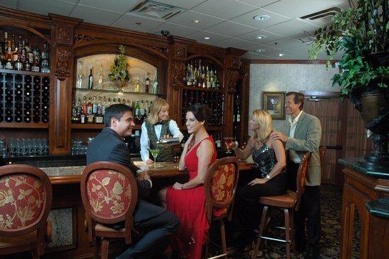 Christini's Ristorante : Christinis bar area