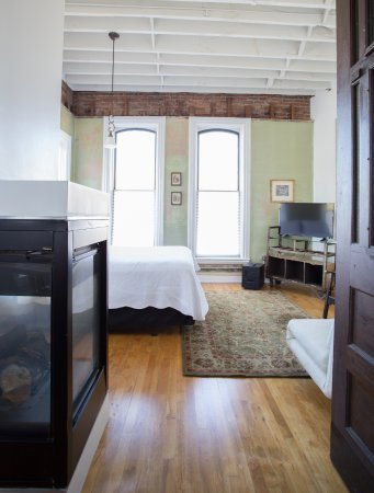 Medina, Нью-Йорк: Microloft Suite