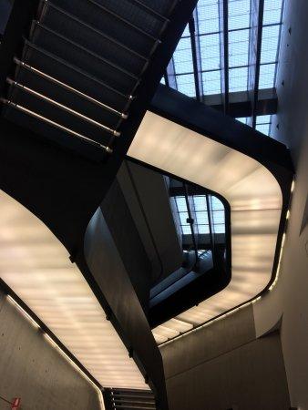 MAXXI - Museo Nazionale Delle Arti del XXI Secolo : photo3.jpg