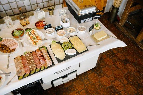 Rosengarten, Γερμανία: Jeden Sonn- und Feiertags großes Frühstücksbuffet