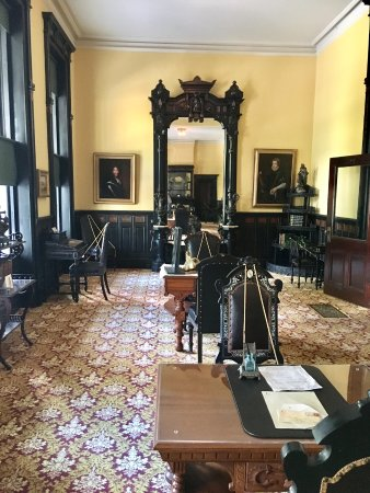 Henry B. Plant Museum: The gentleman's reading room.