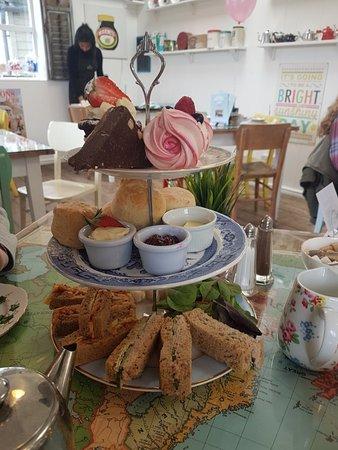 Ruthin, UK: Afternoon treat ... yum!