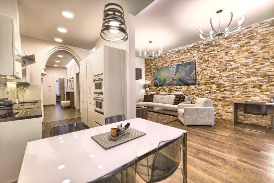 Krizovnicka 6 apartments prague city apartments praha for Design hotel jewel prague tripadvisor