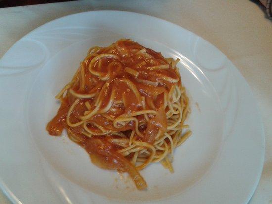 Castagnole Monferrato, Italy: lasagnette alla bagna d'infern
