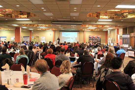 Baymont Inn & Suites Fargo: ND Association of Technology Leaders - 2017 Spring Conference