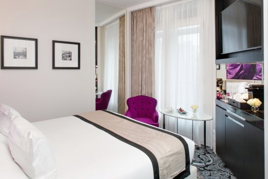 hotel entrance picture of la villa haussmann paris tripadvisor. Black Bedroom Furniture Sets. Home Design Ideas