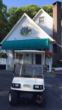 "Lincolnville, ME: The""Battie Transportation Cart"""