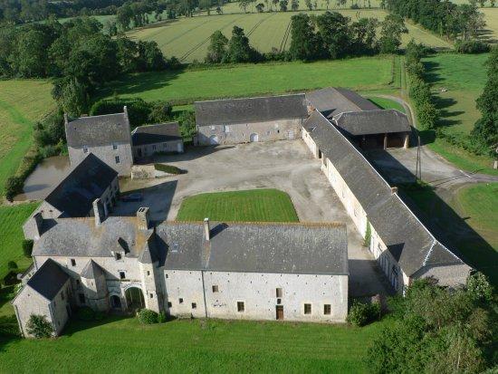 Mandeville-en-Bessin, France : vue aérienne