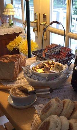 Lincolnville, ME: Breakfast breads