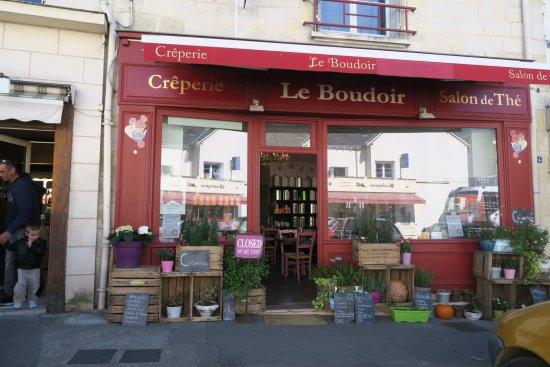 Le Boudoir: 20170413104445_large.jpg
