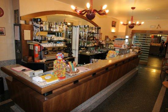Robecchetto con Induno, Italy: Da Mariuccia il nostro Bar