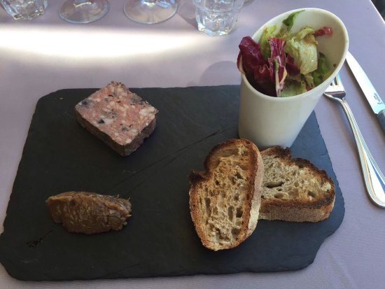 terrine de volaille aux myrtilles picture of le refuge megeve tripadvisor. Black Bedroom Furniture Sets. Home Design Ideas