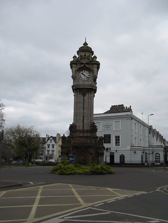Miles' Clocktower - Queen Street