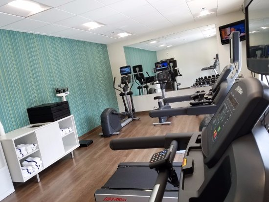 ‪‪Holiday Inn Express Baltimore - BWI Airport West‬: Fitness Center‬