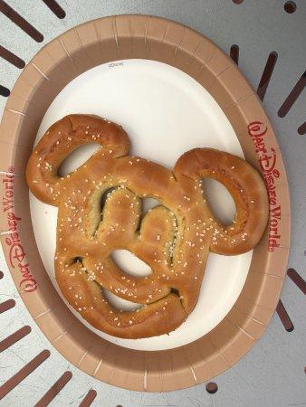 Bay Lake Tower at Disney's Contemporary Resort: Mickey Hot Pretzel - Yum!