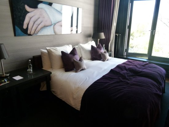 Canal House: Our room