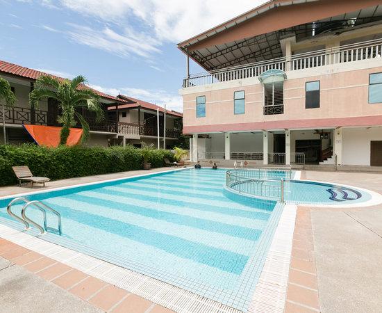 Pangkor Bay View Beach Resort Price