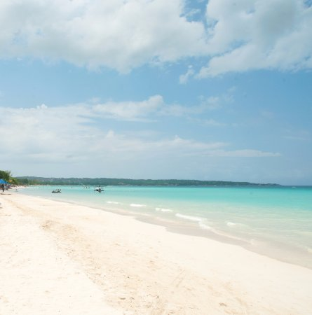 Negril Palms Hotel: Go for a walk on the famous 7 mile beach.