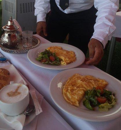 1 omelette au fromage par personne bild von havana restaurant agadir tripadvisor - Quantite fromage par personne ...