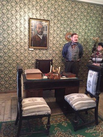 Купец Первушин в своем кабинете