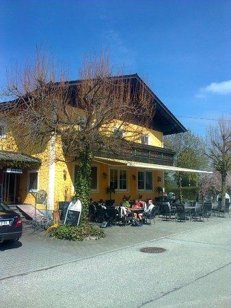 St. Georgen, Германия: vorderseite mit gastgarten