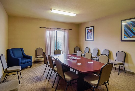 Quality Suites North IH 35: Meeting Room