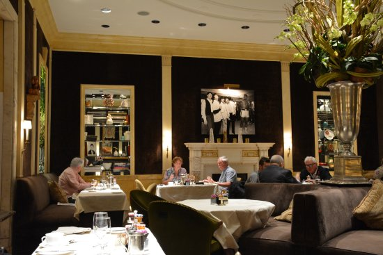 The Carlyle, A Rosewood Hotel : The Restaurant