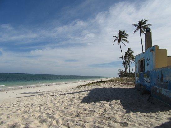 Bahari Dhow Beach Villas لوحة