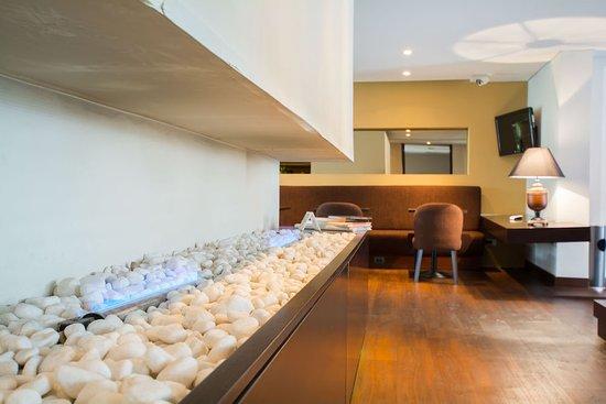 Nico Aparta Suites Photo