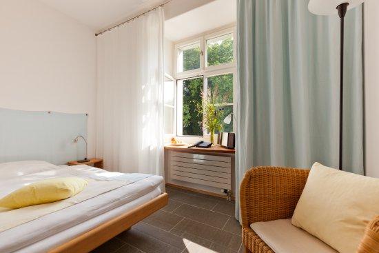 Rorschacherberg, Suiza: Einzelzimmer Schlosspark