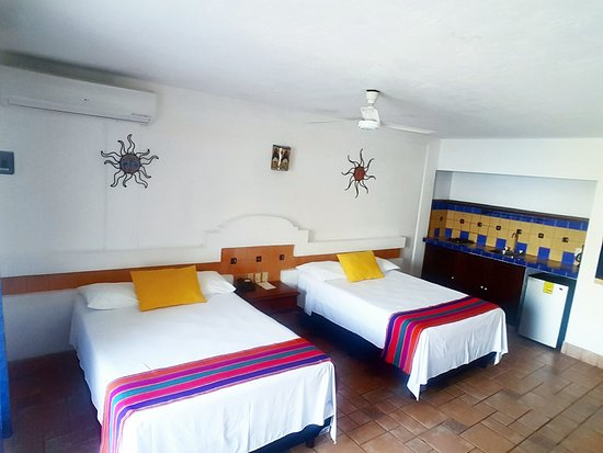 Playa Conchas Chinas Hotel: ESTUDIO SUPERIOR