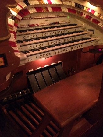 Salem, OR: The Mighty Wurlitzer, Need I say more, It truely is mighty