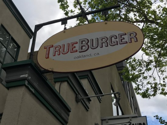 True Burger: Very good burger, the bread is awesome.  We happened to stop in right around lunch time-very bus