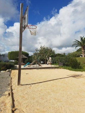 Moncarapacho, البرتغال: Play areas outside