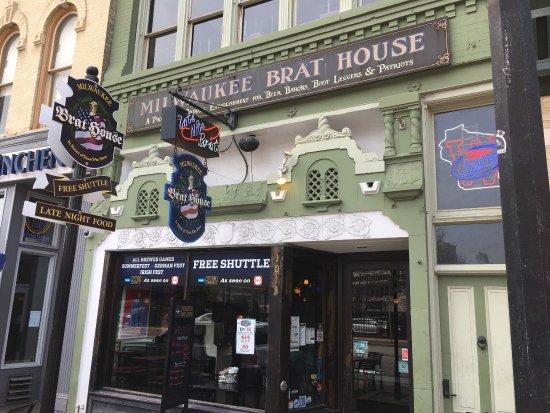 milwaukee brat house menu prices restaurant reviews tripadvisor rh tripadvisor com