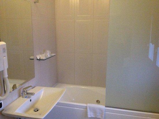 Vasca da bagno con idromassaggio - Picture of Virginia Palace Hotel ...