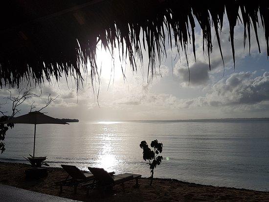 Aore Island, Vanuatu: Two Canoes Island Getaway