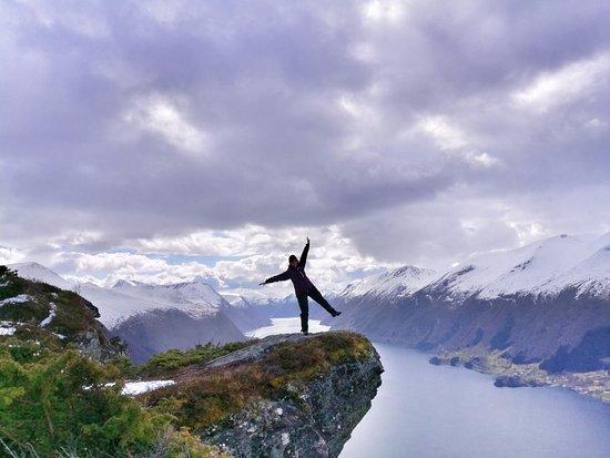 Volda, Norway: Galten/Heidakollen (570 moh) med storslagen utsikt til Dalsfjorden.