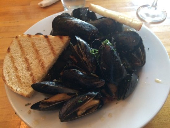 Danville, PA: Mussels with Bacon and Honey YAS!!!!