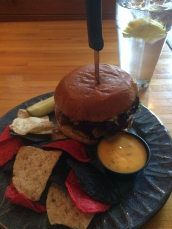 Danville, Pennsylvanie : JERK BURGER