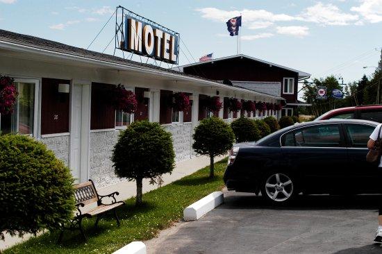 Saint-Simeon, Kanada: Fachada do hotel