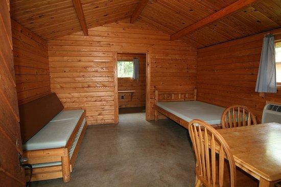 Monticello, IN: IB Crow Cabin