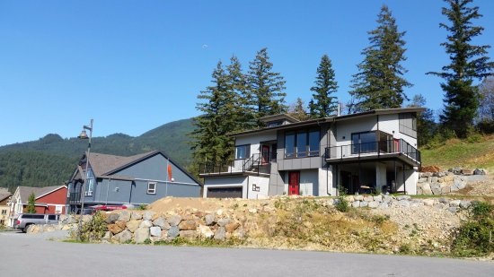 Agassiz, Canada: Front side