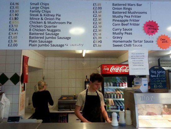 Pevensey, UK: Great selection on offer and yes, including battered Mars bar