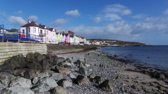 Condado de Antrim, UK: Sunny Whitehead promenade