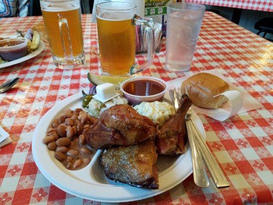 Hotchkiss, CO: Yummy BBQ Chicken!!!