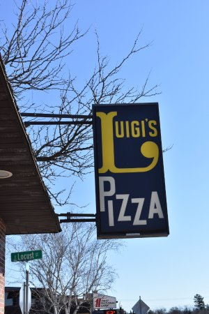River Falls, WI: Welcome to Luigi's Pizza