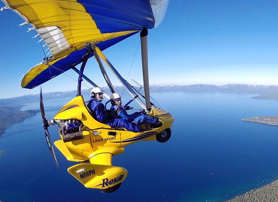 คาร์สันซิตี, เนวาด้า: Birds-eye aerial tour of Lake Tahoe in a powered hang glider with Hang Gliding Tahoe.