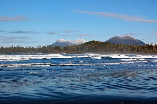Pacific Sands Beach Resort: Beautiful Cox Bay in the wintertime!